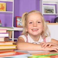 dijete, curica, djevojcica, ucenje, knjiga, skola, ocjene