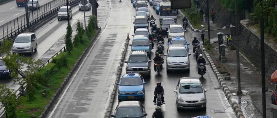 Promet, guzva, automobil, cesta