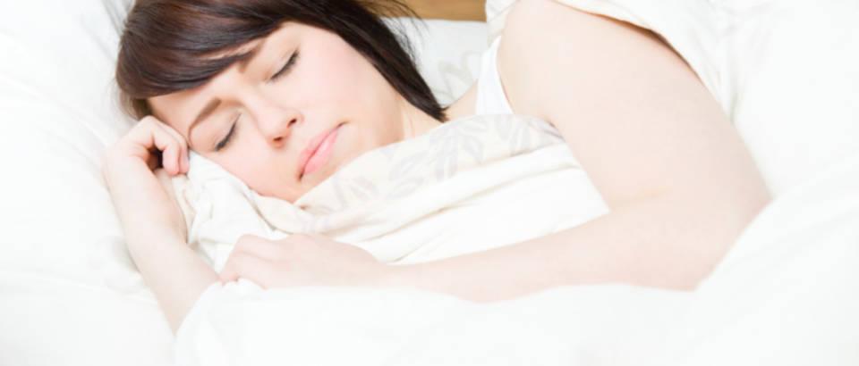 zena-san-spavanje-nocna-mora5