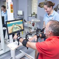 14 ARITHERA Rehabilitacija ruke i ramena Robotski uredaj DIEGO