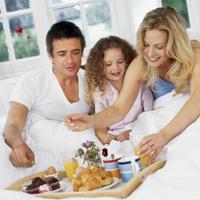 dijete-obitelj-dorucak-sreca-jedinac1
