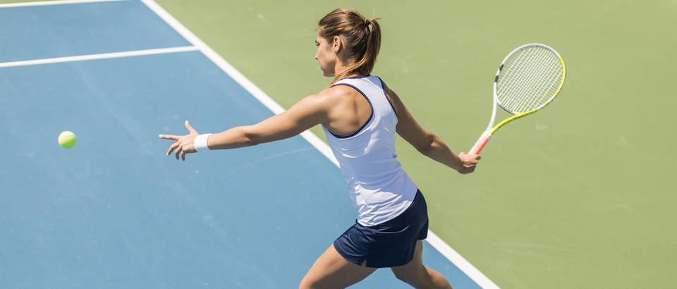 Tenis sport zena aktivnosti sunce ljeto vrucina toplina shutterstock 295190273