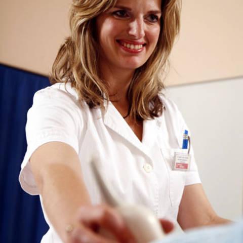 Lada Šumilin, ginekolog