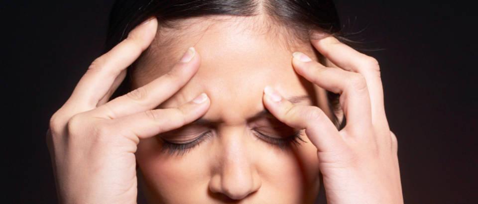 zena-bol-glavobolja8