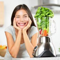 mlada djevojka, povrce, smoothie, Shutterstock 173275577