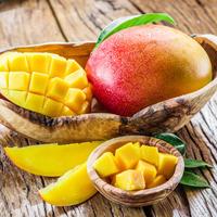 mango Shutterstock 385801849