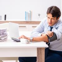 stres na poslu, visoki tlak