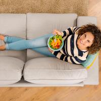 hrana, zena Shutterstock 572662429