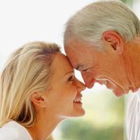 Stariji par, sreca, ljubav, brak