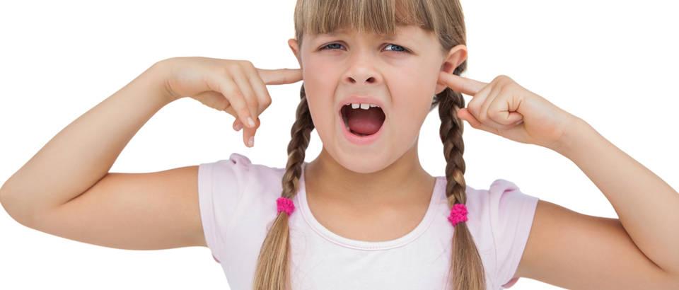 Neposlušno dijete, djevojčica, ljuta, Shutterstock 150107660