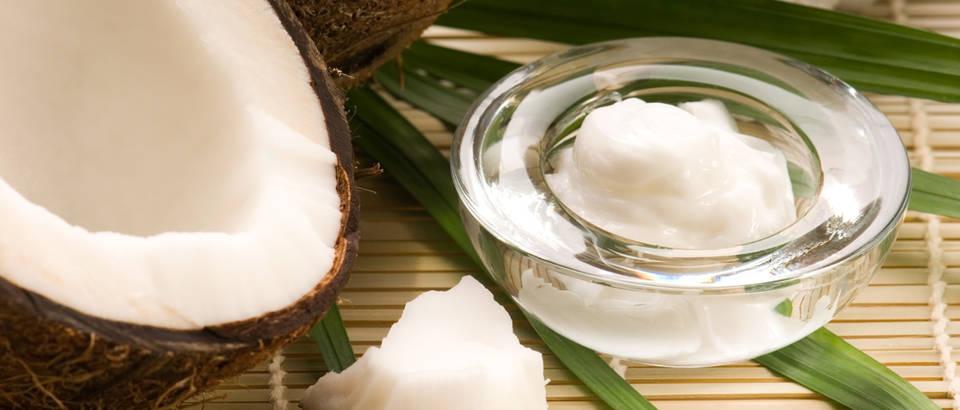 Kokos kokosovo ulje shutterstock 69849172