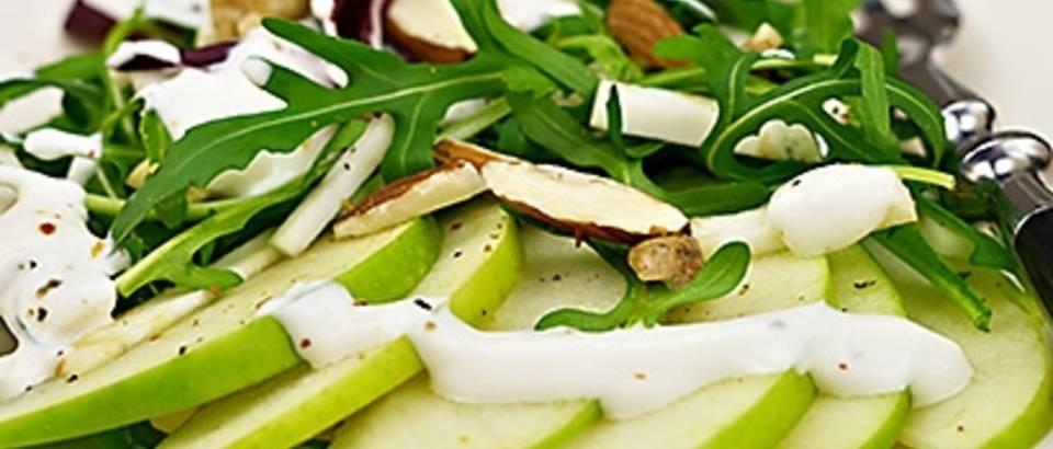 Waldorfska salata_naslovna