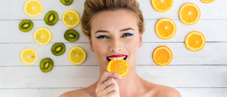 vitamin c, Shutterstock 400489819