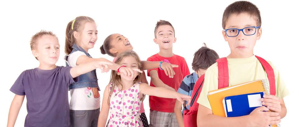 dijete, maltretiranje Shutterstock 344129462