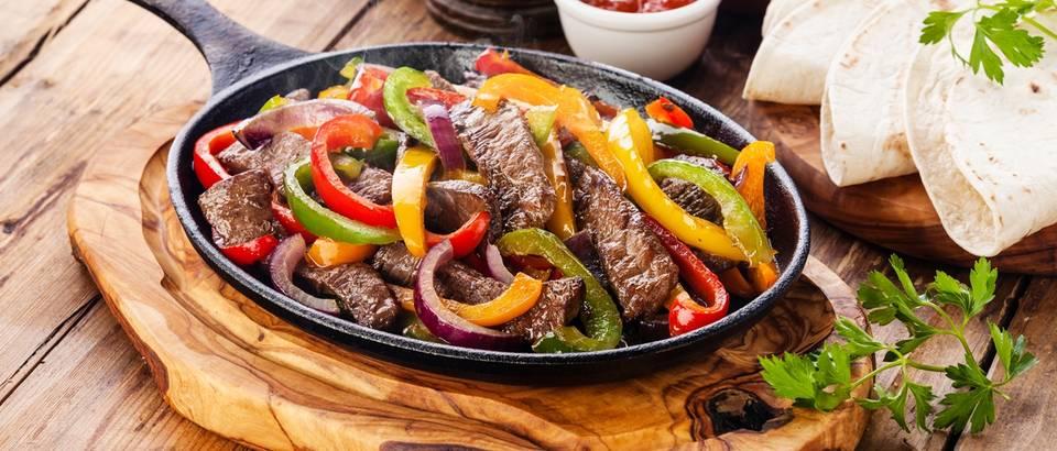 povrce, meso, tortilla, hrana zeljezo, shutterstock