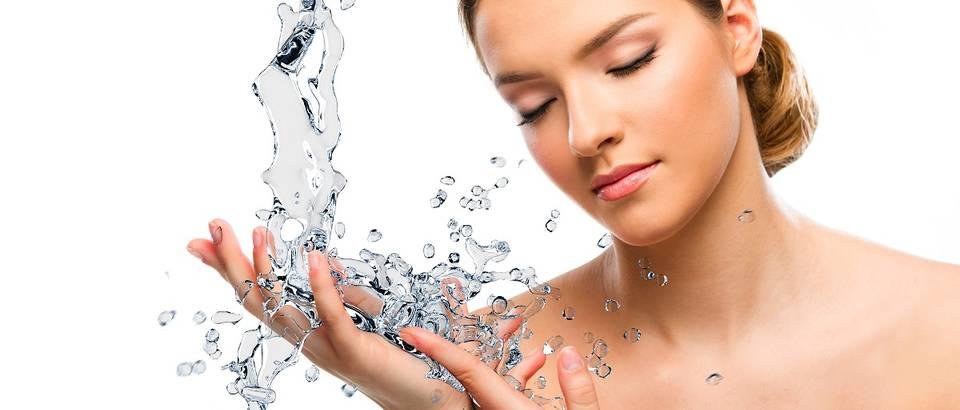 voda, dehidracija, shutterstock