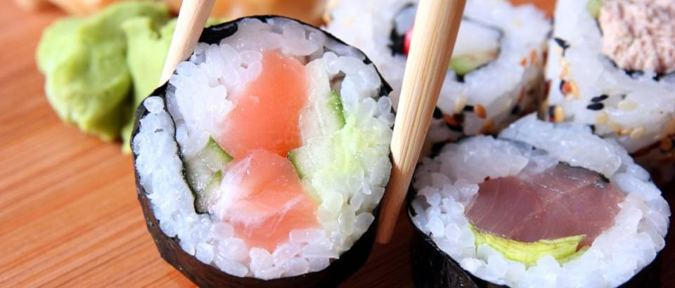 sushi-japanska-kuhinja-sirova-riba.jpg