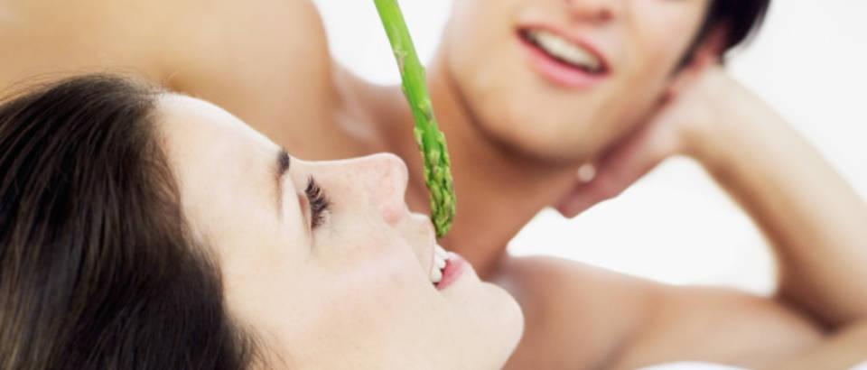 par-seks-ljubav-veza-hrana-afrodizijak-sparoge