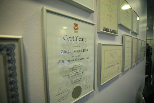 jedna od diploma