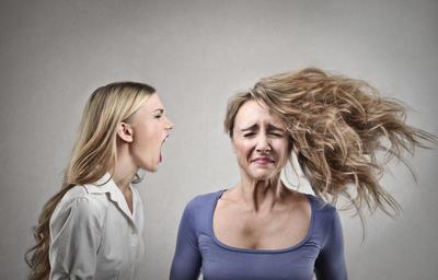 7 znakova da se nalazite u otrovnom društvu