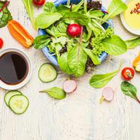 salata, Shutterstock 379870492