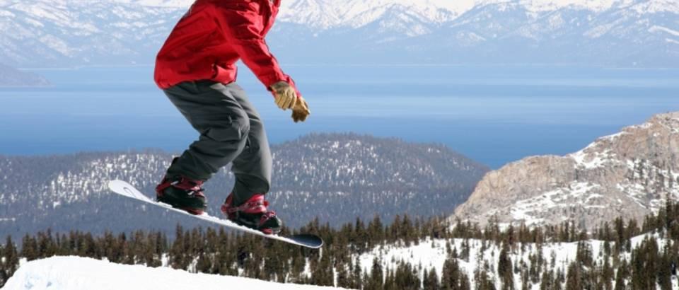 Zima, skijanje, snowboard