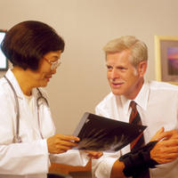 Karpalni tunel, doktor, pacijent, rentgen, snimka
