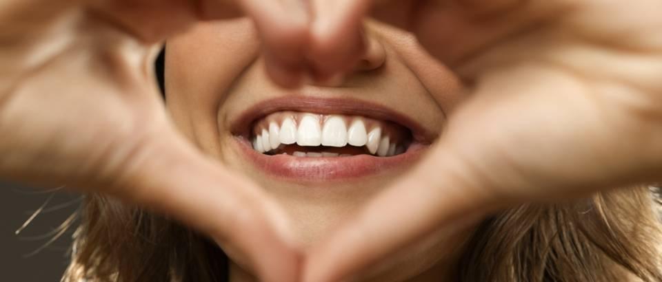 Zubi, osmjeh, srce