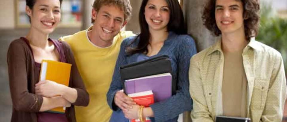 skola-ucenici-ucenje-prijatelji-drustvo-mladi-tinejdzeri1