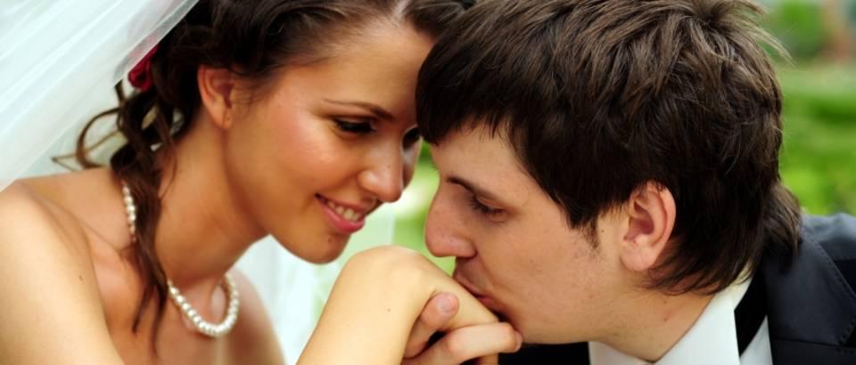 par-ljubav-sreca-vjencanje-brak0