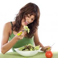 dijeta-zena-salata