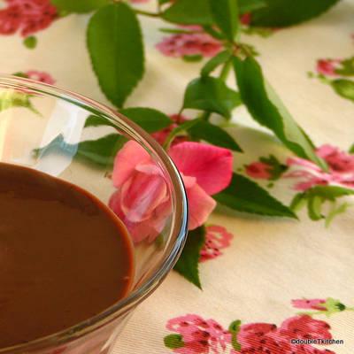 mousse od divljih kupina sa kremom od cokolade-4