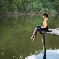 zena, tuga, Shutterstock 566421334