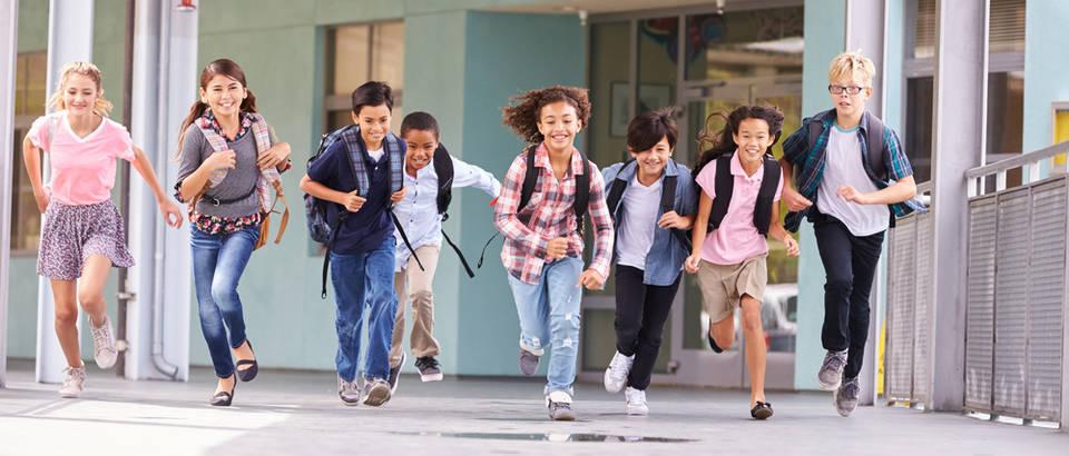 djeca, skolska torba, Shutterstock 388661191