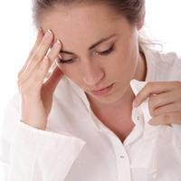 zena-migrena-glavobolja-gripa-prehlada