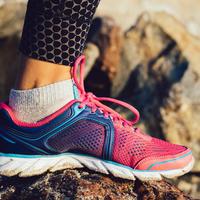 Tenisice sport obuća vježbanje tjelovježba trčanje stopalo gležanj tenisica čarapa čarape shutterstock 319738190