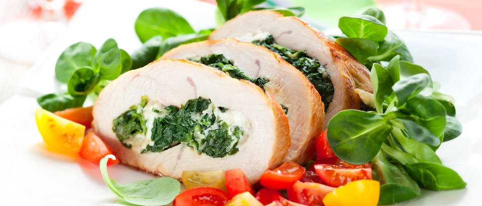 Puretina matovilac meso salata pečenje triptofan  shutterstock 101810638