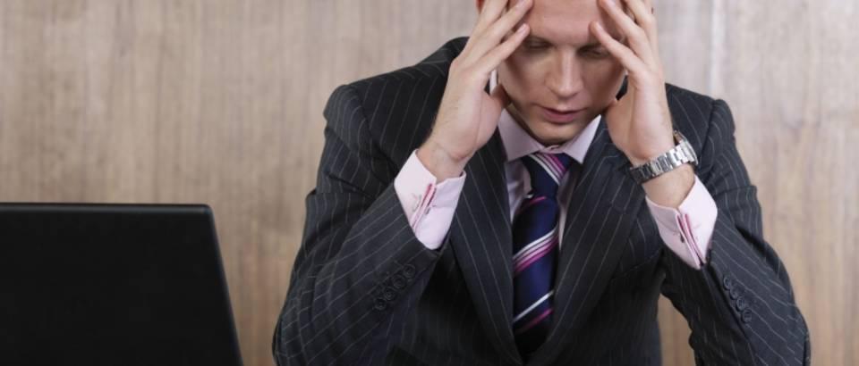 zabrinutost, ured, stres, tjeskoba, glavobolja, bol, depresija
