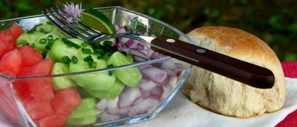 salata od lubenica i svj.krastavaca-3.JPG