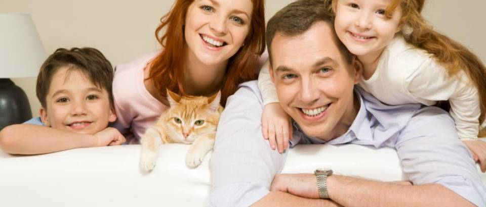 obitelj sretna kod kuce