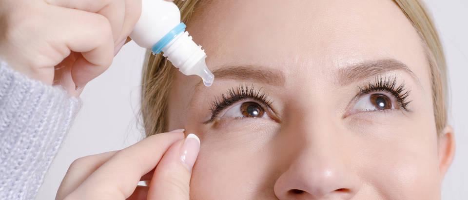 Kapi za oči žena shutterstock 372968065