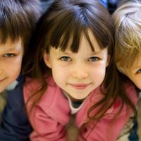 djeca-igra-sreca-obitelj-1