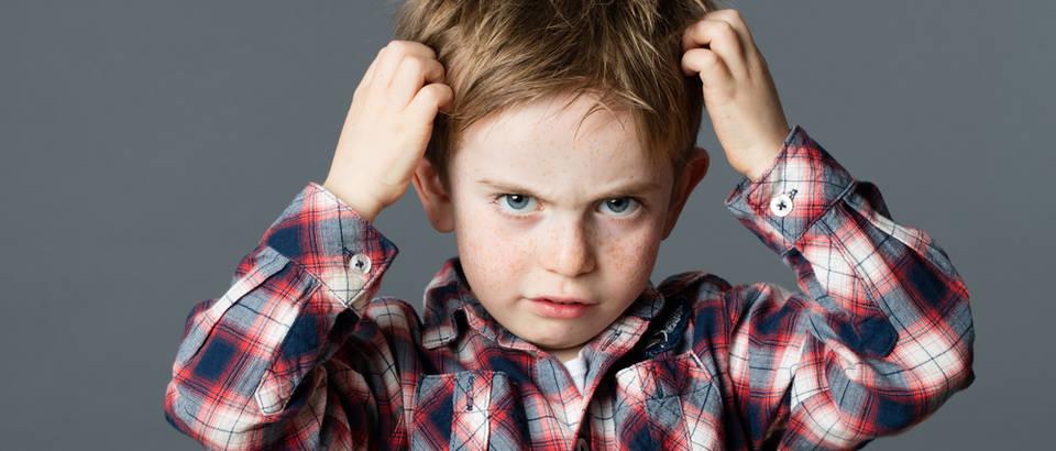 Dijete svrbež kosa uši shutterstock 431162449