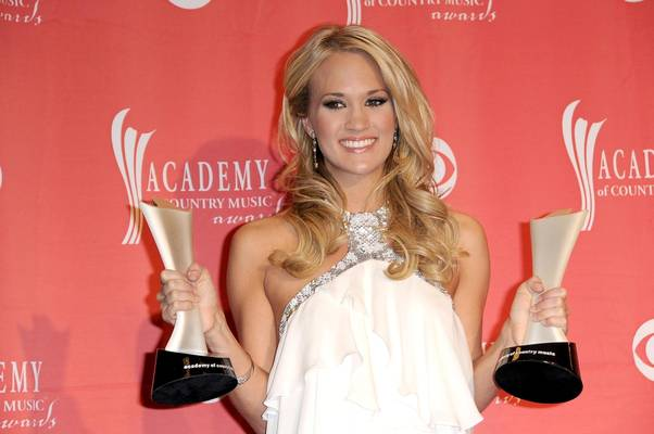 Carrie Underwood,Shutterstock 105975053