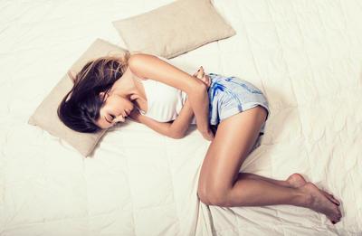 Kako prirodno ublažiti menstrualne bolove?