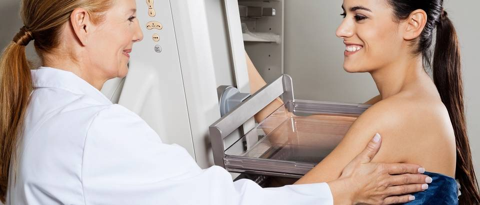 mamografija, rak dojke, shutterstock