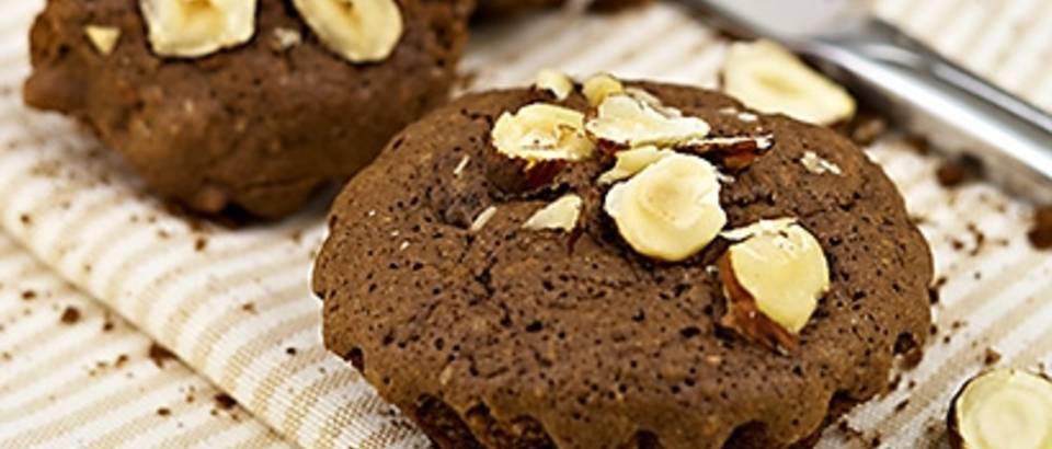 Čokoladne tortice s lješnjacima_naslovna