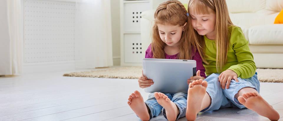 djete, tablet, Shutterstock 290243546
