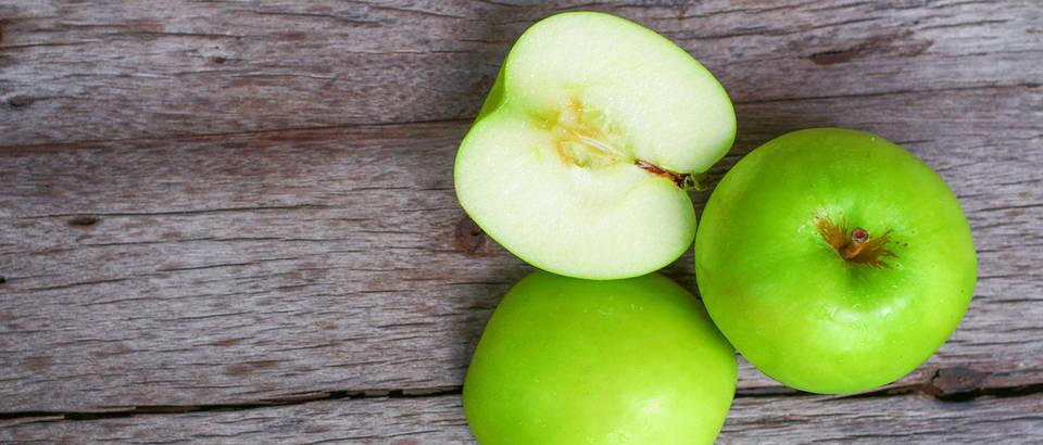 zelena jabuka, Shutterstock 542877961
