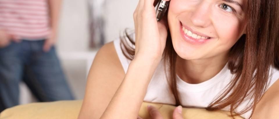 mobitel, telefon, razgovor, tinejdzerica, djevojka